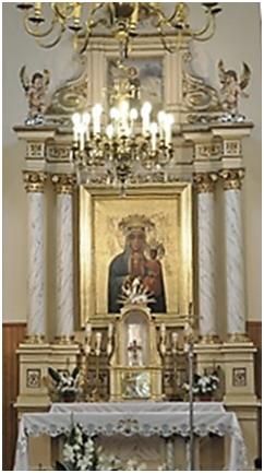 Ołtarz główny w kościele w Marianowie